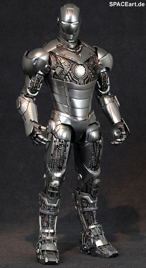 Iron Man 2: Mark II Armor Unleashed - Deluxe Figur, Fertig-Modell, http://spaceart.de/produkte/irm001.php