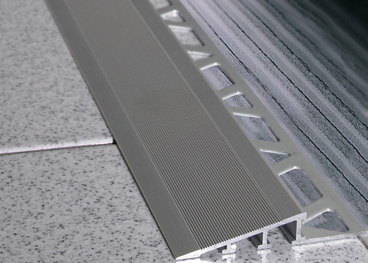 Ramptec ZRR-AS este profilul metalic realizat din aluminiu eloxat cu latimi cuprinse intre 4,32mm si 53mm, pentru diferente de nivel aflate in intervalul 10mm - 15mm