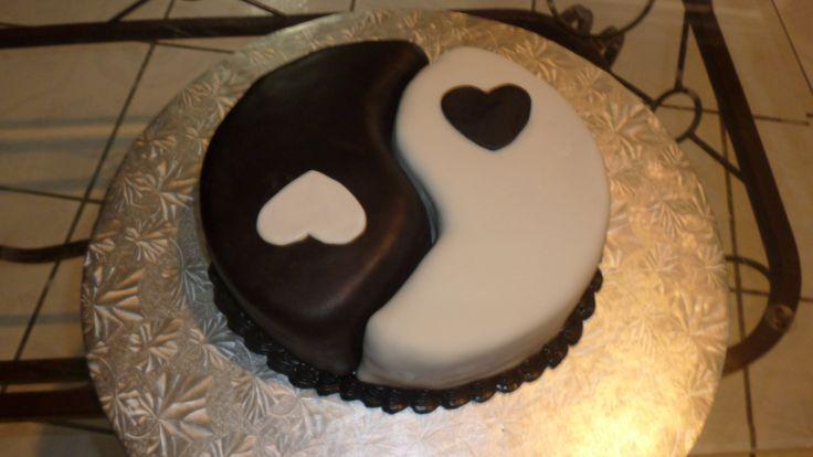 CAKE YIN YANG