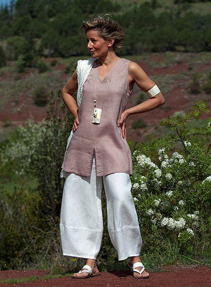 White linen trousers/ 108.00