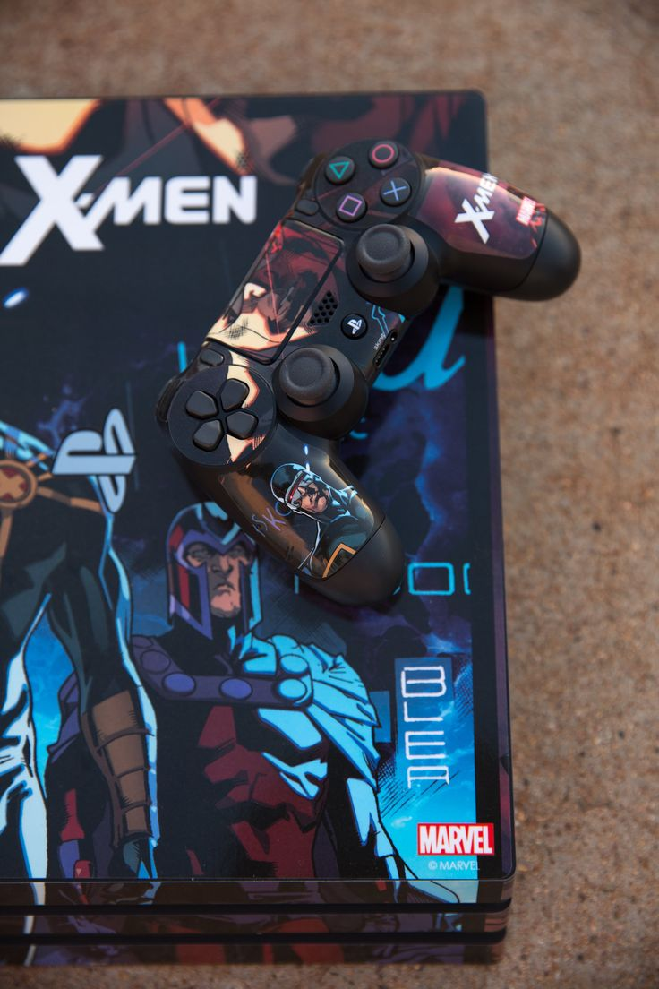 Cyclops Comic Panel PlayStation Gaming Skin