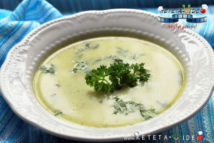 Reteta culinara Supa Crema de Spanac si Lapte (Video) din categoria Supe. Cum sa faci Supa Crema de Spanac si Lapte (Reteta Video)