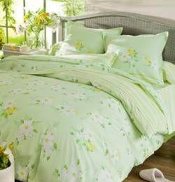 La collection Lumière du matin vous offre un printemps fleuri et lumineux ! Un vrai bol d'air frais dans votre chambre. Françoise Saget. #fleurs #vert #chambre #printemps #lumière #déco #maison