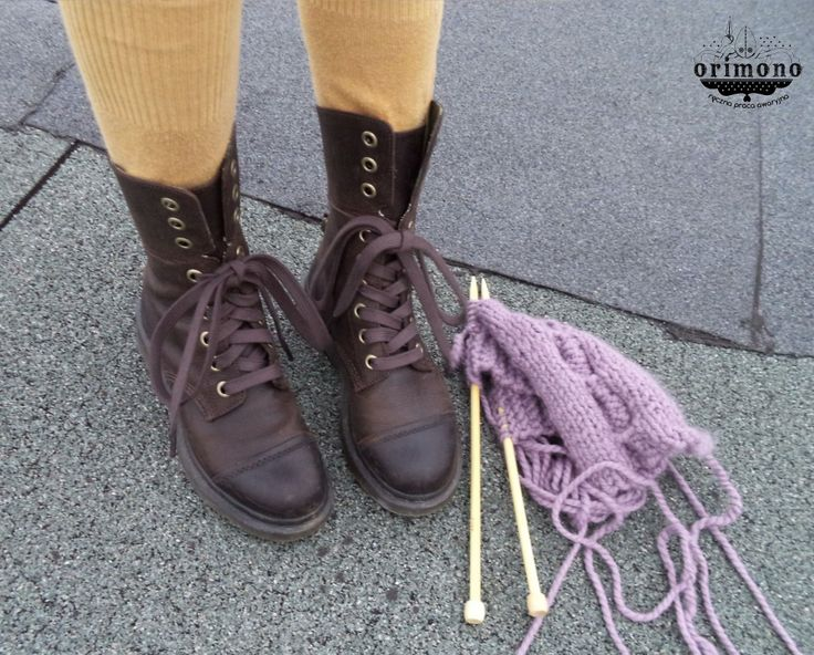 Knitting and boot's love :)  #drmartens #knitting #ontheroof http://www.orimono.ga/tag/handmade/