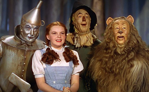 You can now buy the original 'Wizard of Oz' Cowardly Lion costume -- if you're a millionaire Nov 22, 2014