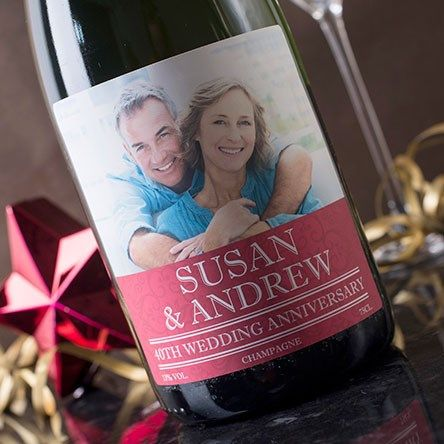 https://www.gettingpersonal.co.uk/anniversary-presents/ruby-wedding-anniversary-gifts.htm?page=4