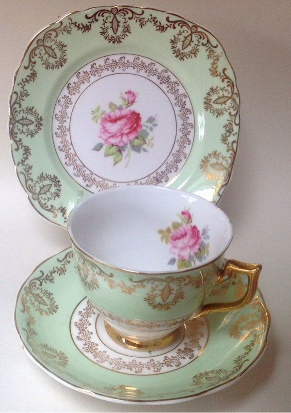 English Vintage English  China Tea cup Saucer & Teaplate trio Green Pink