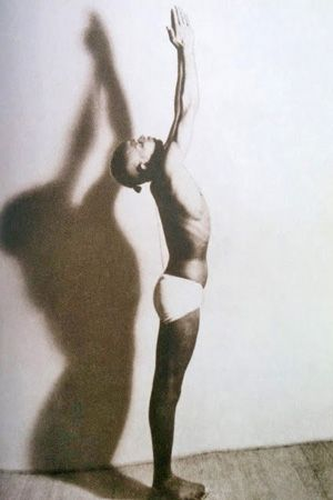 1943: Pattabhi Jois demonstrating his Ashtanga / Vinyasa Yoga ...... #vintageyoga #yogahistory #ashtanga #ashtangayoga #yoga #yogainspiration #1940s