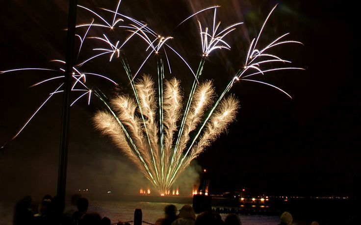 Free Things to Do in Chicago on New Year's Eve #NYE #Chicago #travel #writing