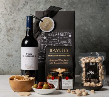 Shiraz and savoury gourmet food gift hamper