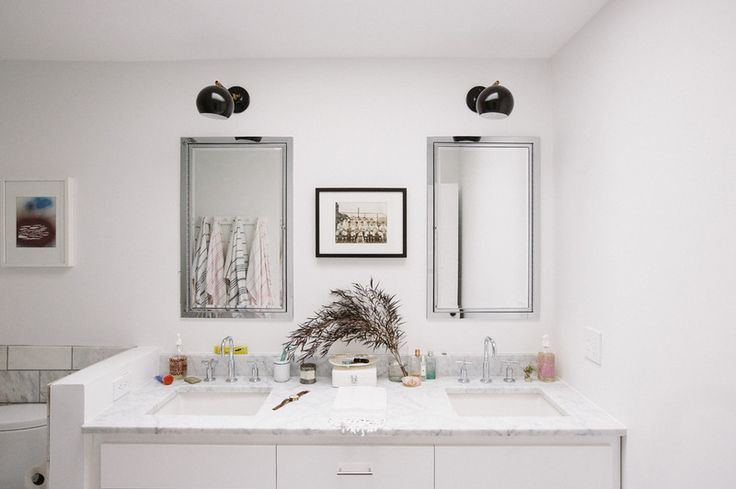 Midcentury Bathroom by Crowell + Co. Interiors
