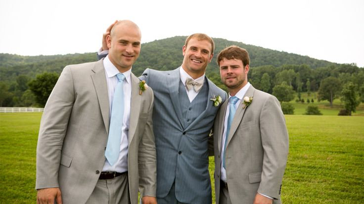 Isaacson: Long brothers share rare experience | Squares ...