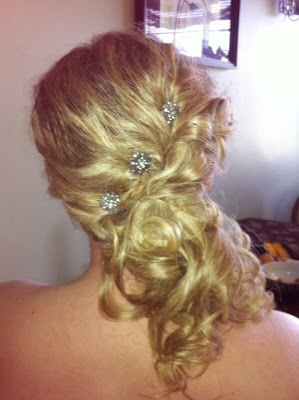 Remarkable 1000 Images About Things To Wear On Pinterest Bridal Hair Short Hairstyles For Black Women Fulllsitofus