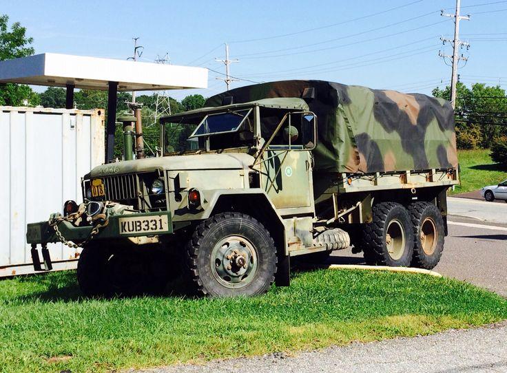 Work commuter military trucks pinterest - Bac a semis ...