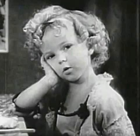 W wieku 85 lat zmarła #ShirleyTemple, znana jako aktorka dziecięca.  fot. Wikipedia
