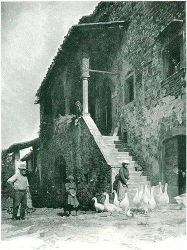 Italian Vintage Photographs ~ #Italian #Vintage #Photographs ~ Antica fattoria nel Mugello - Da libro Toscana di Attilio Mori (1927)