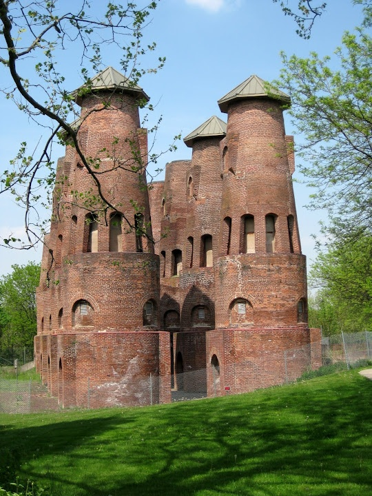 Can't believe i lived in PA for 30+ years and never heard/saw this...  Saylor Cement Kilns off the Ironton Rail-Trail in Coplay, PA
