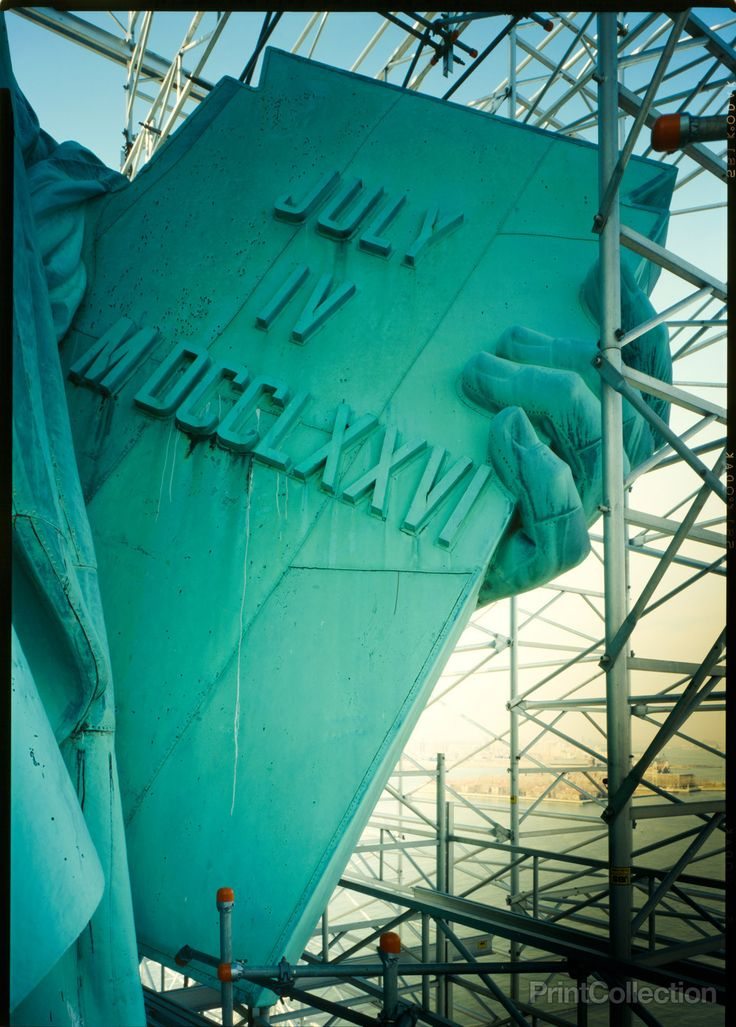 Detail of tablet with inscription 'July IV. MDCCLXXVI,' March 1985.åÊ Statue of Liberty, Liberty Island, Manhattan, New York, New York, NY.Statue of Liberty National Monument, photographed by Jet Lowe