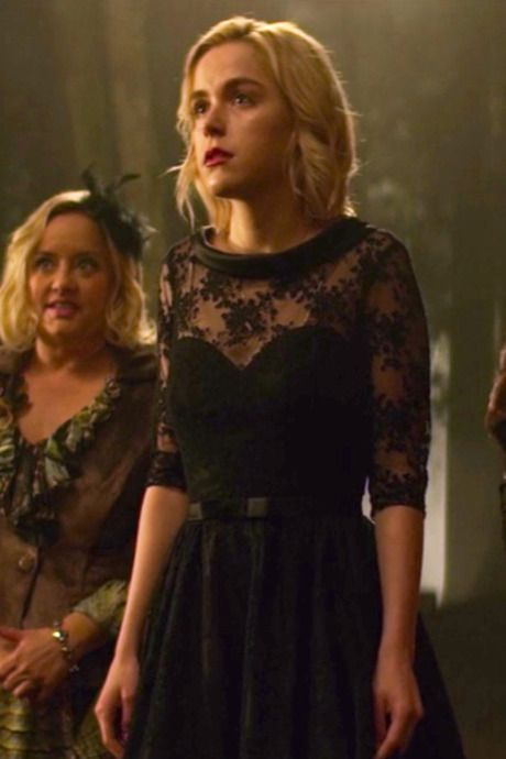 The 10 Best Outfits in Chilling Adventures of Sabrina, Ranked