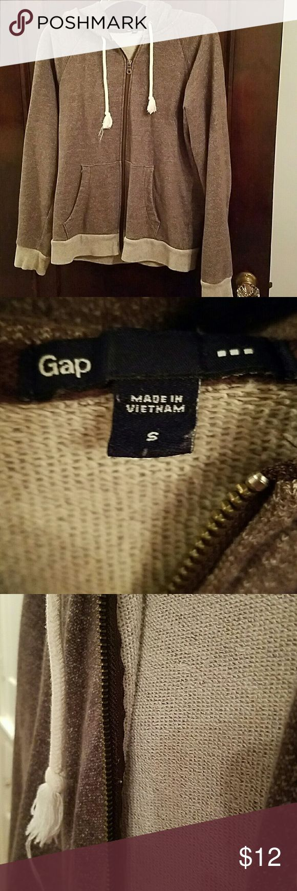 Gap Brown Zip Up Hoody Heathered Brown Gap Full Zip Up Hoodie. Great condition. Loose Fitting. Fall style. See inside pictures.  Not too heavyweight. Designed to fit loosely see pictures for sleeves and fit.   Great condition. No rips. No stains. No tears. Barely worn. GAP Tops Sweatshirts & Hoodies