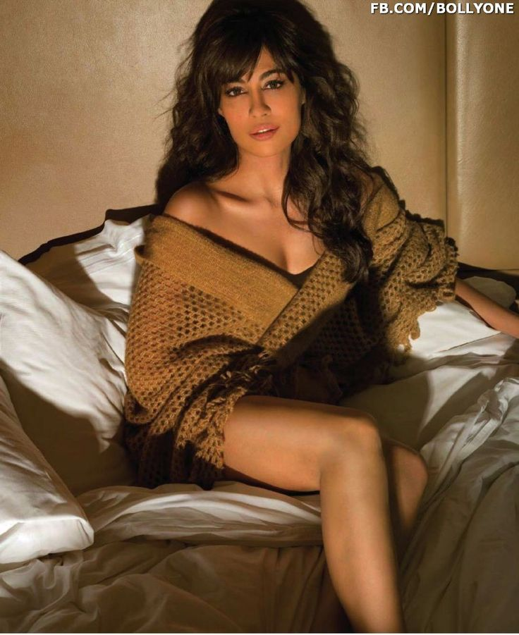 Chitrangada-Singh-Maxim-India-May-2014-BOLLYONE-COM (5)