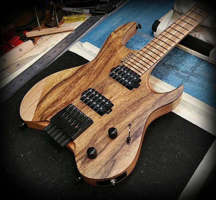 17 Best Images About Best Guitars On Pinterest: Kiesel Guitars Carvin Guitars V6 (Vader Headless Series
