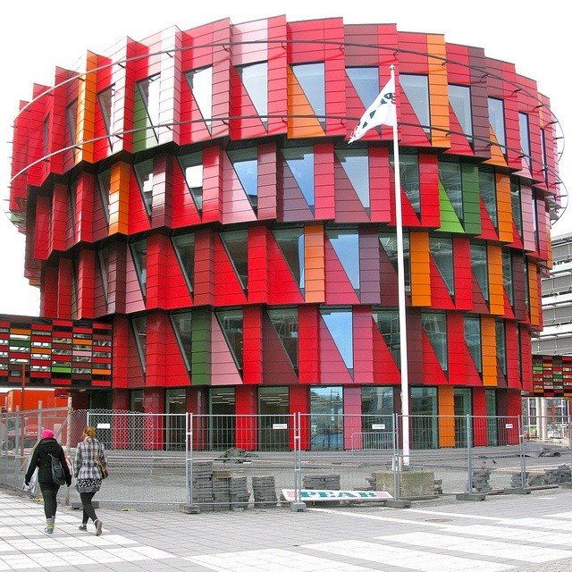 The Cog (Swedish: Kuggen) - Gothenburg, Sweden;  designed by Wingårdh Arkitektkontor;  part of Chalmers University of Technology;  photo by hansn, via Flickr