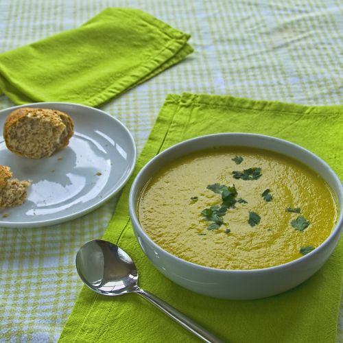 Golden beetroot and fennel soup