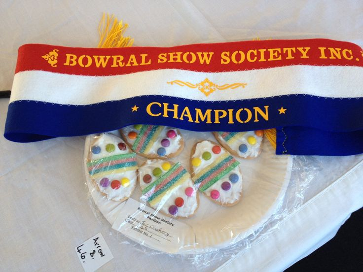 Junior Champion. Plate of decorated milk arrowroot biscuits. Bowral Show 2014.