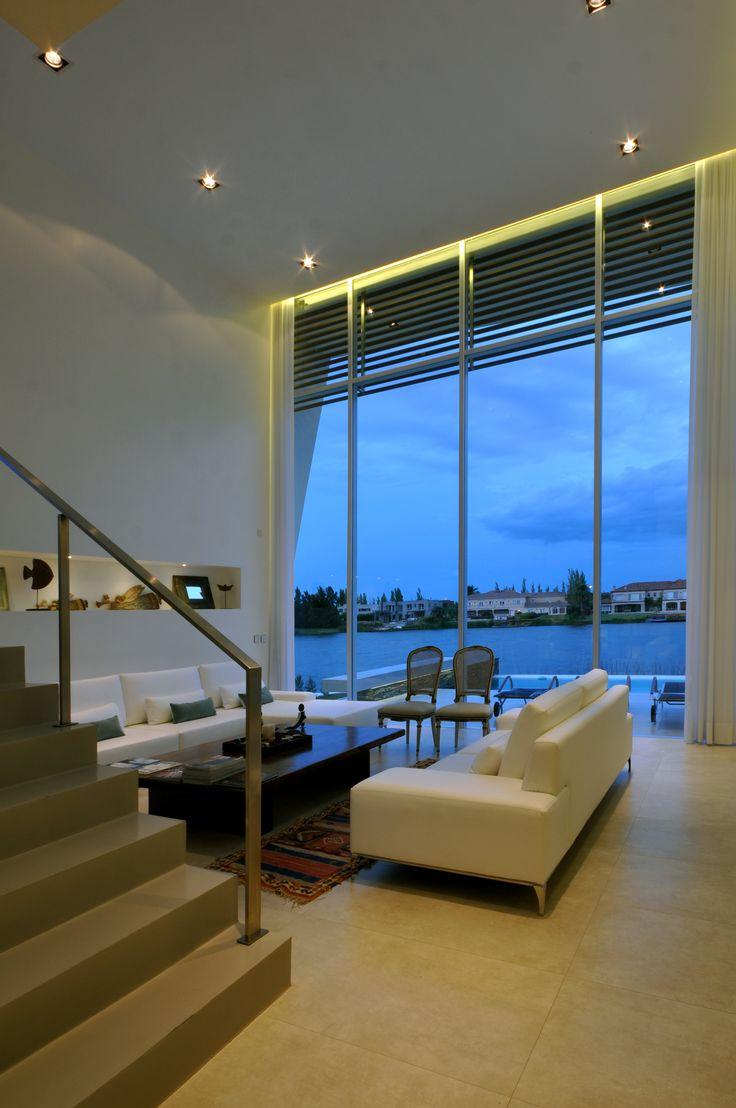 Casa DLC #VanguardaArchitects #DobleAltura #Arquitectura #Achitecture #Interiorismo