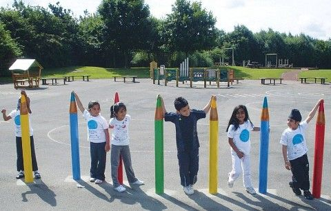 Pencil Weavers Fencing - Outdoor Furniture Playground Equipment
