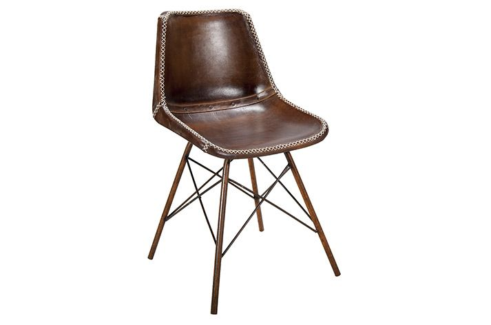17 meilleures id es propos de chaises en cuir marron sur pinterest fauteuils en cuir. Black Bedroom Furniture Sets. Home Design Ideas