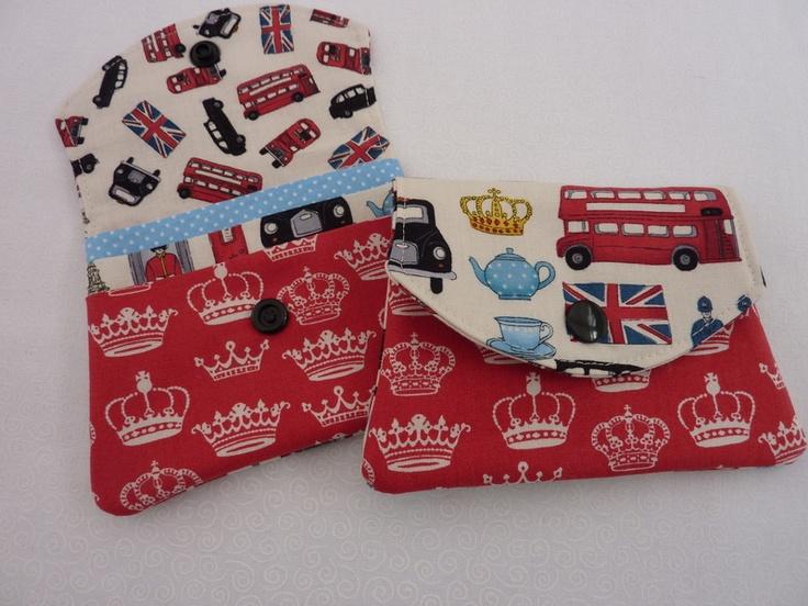 *Hochwertiger Designerstoff aus England  Thema: London*    *Eine kleine Geldbörse mit Einsteckfächer.*    Sie haben Sie Möglichkeit Visitenkarten, Kas