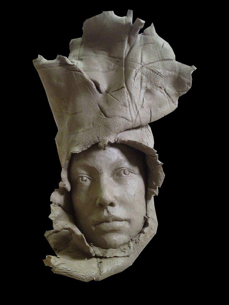 sorpresa - scultura in creta, 2012