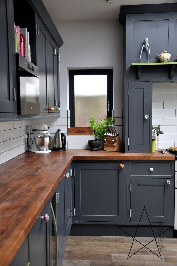 Suche Nach Der Besten Farbe Fur Kuchenmobel Damit Es Neu Aussieht Lackieren Versc Grey Kitchen Designs New Kitchen Cabinets Kitchen Renovation