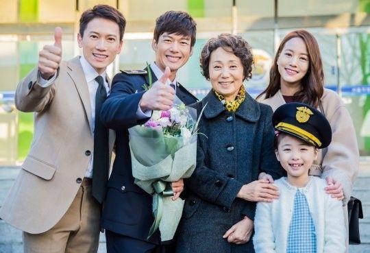 """Defendant"" Stills Of Ji Sung, Uhm Ki Joon, And Uhm Hyun Kyung Promise Sorrow And Suspense | Soompi"