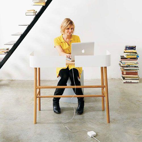 Escritorio B Desk - UNIVERSO POSITIVO :: Moises Showroom