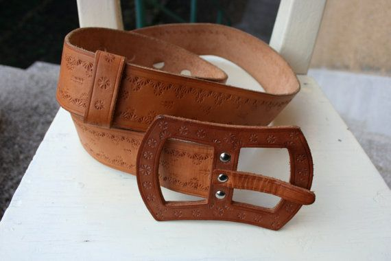 Vintage brown chunky leather belt with leather by TaylorGirlsShop