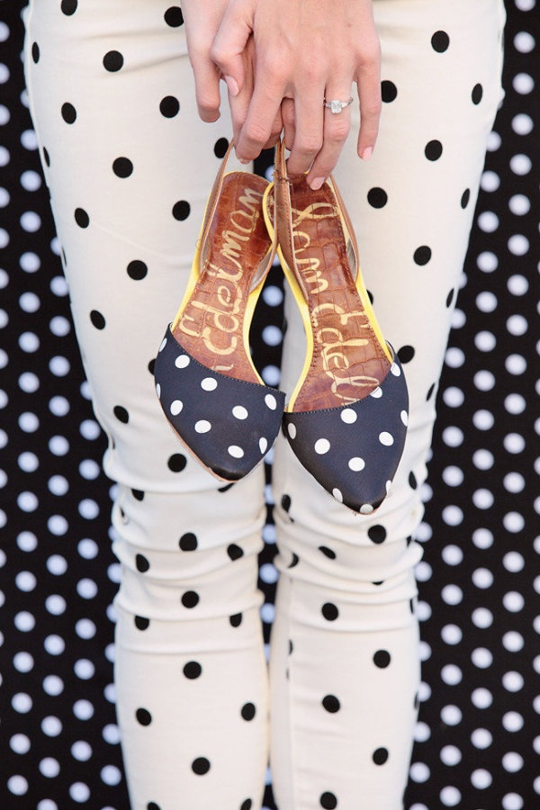 polka dot on polka dot  Photography by kristinvining.com: Fashion Shoes, Polka Dots Shoes, Cute Shoes, Pants, Black White, Connection The Dots, Polkadots, Dots Dots, Style Blog