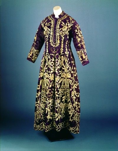 A pleasantly purple wedding kaftan that would have been worn by a Jewish-Turkish bride (Magnes Collection)