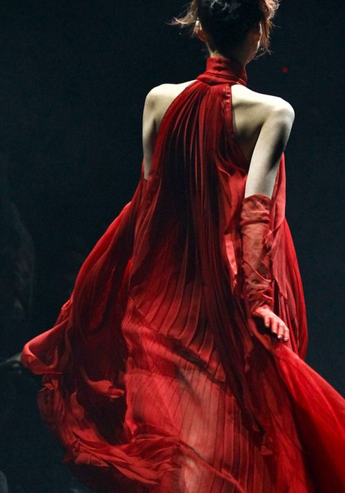 ~` john galliano f/w 2012 .. lee hye jung `~ (j'adore)