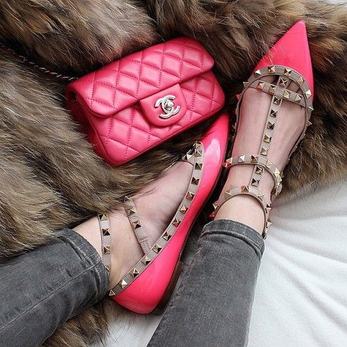 Chanel bag, Valentino shoes l Doll Memories