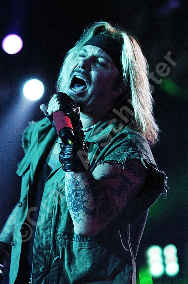 A Vince Neil Photo I took on COS #Tour in Madison WI. Circa 2006 #nofilterneeded #MotleyCrue #VinceNeil