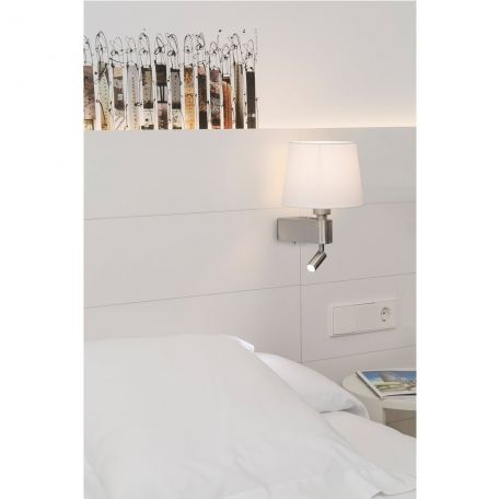 Aplique de pared Room de #Farolighting ideal para iluminar cabeceros de…