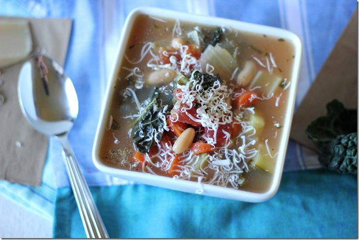 Tuscan Kale and Cannellini Soup_I'm going to add tortellini to this!