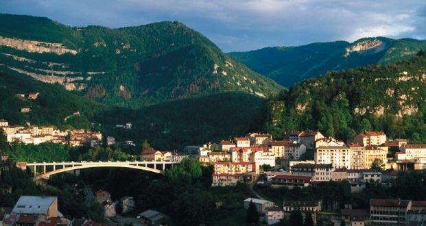 Découverte touristique de Saint-Claude Jura Franche-Comté