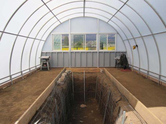 Aquaponics Greenhouse Picture: