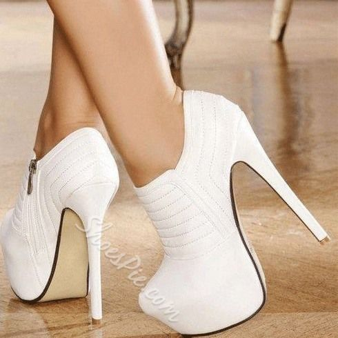 Elegant White Closed-Toe Ankle Boots