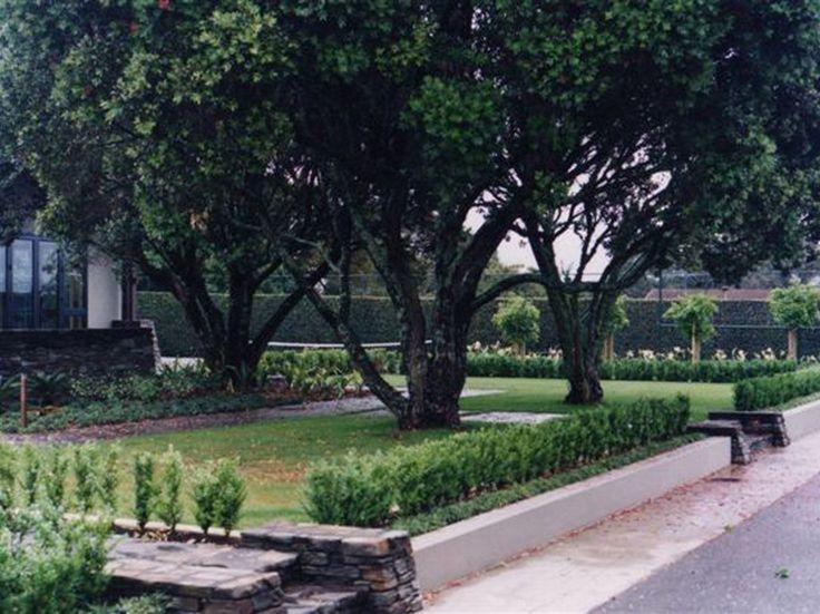 """""""Hedged Country Garden"""" www.shaferdesign.co.nz"""