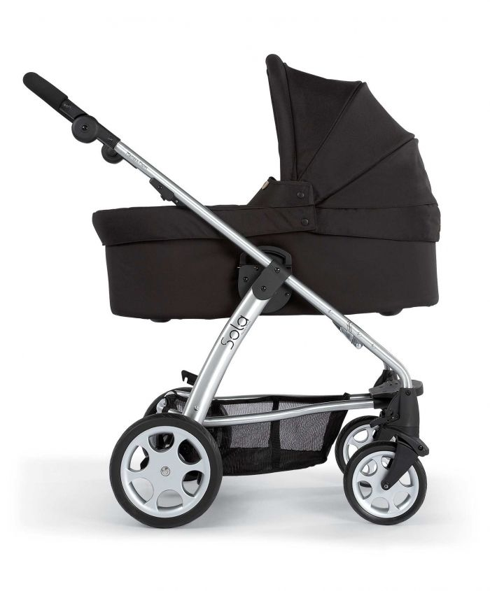sola stroller and bassinet (black).